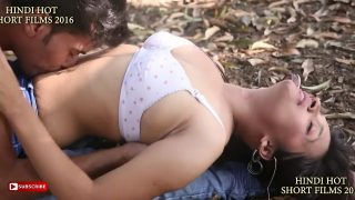 SEXY BHABHI WITH YOUNG BOY IN PARK