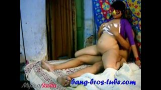 Amateur Indian Bhabhi Hardcore Fuck in Reverse Cow Girl