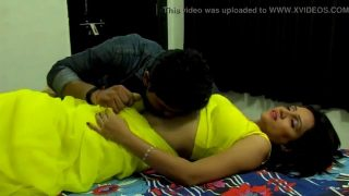 Boy playing sex with desi girl