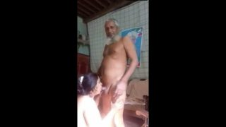 Mature muslim uncle having blowjob