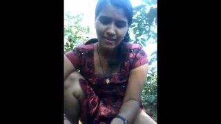 Desi village girl giving a hot blowjob