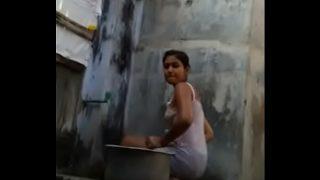 desi hot girl hidden cam bathing sex video