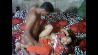 Desi Aunty XXX Homemade Sex Caught By Hidden Camera