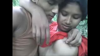 Desi Village teen girl outdoor sex indian bf video