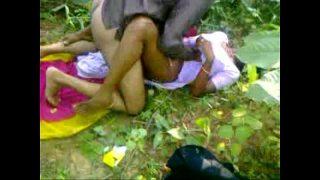 Outdoor xxx porn of odisha bhabhi sex with neighbor