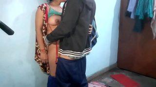 desi college girl first time sex with boyfriend xxx video