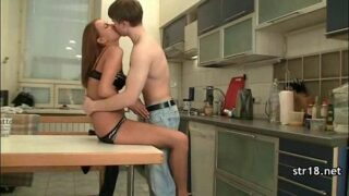amateur teen xnxx young brother sister sex in kitchen