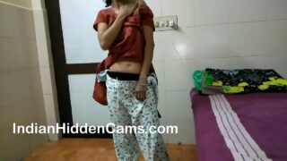 xvideos3 desi bhabhi masturbating home alone Xx hindi porn video