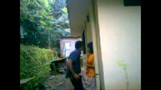 Desi college couple xxx secret sex in backyard
